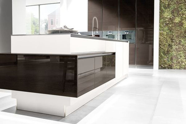 Buy german made modern design kitchens in wolverhampton uk for Modern german kitchen designs