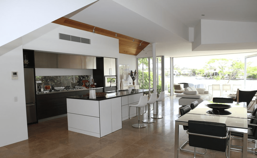Britain vs Germany – Kitchen Design Battle